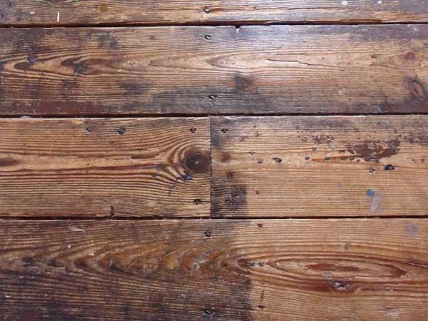 Anticare-i-pavimenti-in-legno-Sassuolo