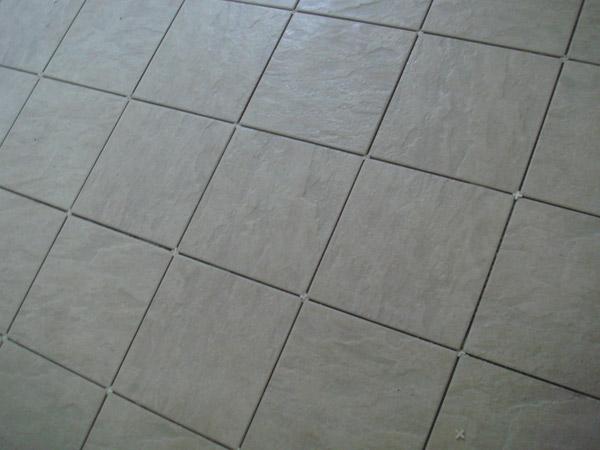 Pavimenti-e-mattonelle-in-gres-Carpi