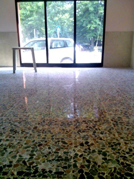 ditta-specializzata-lucidatura-pavimenti-in-graniglia-Modena