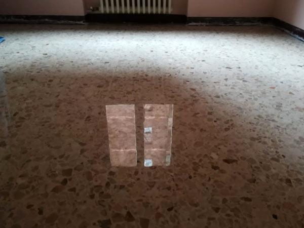 pavimenti-in-marmo-per-interni-Modena